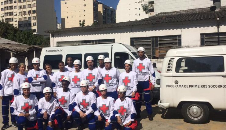 cruz-vermelha-brasileira-forma-equipe-para-atuar-em