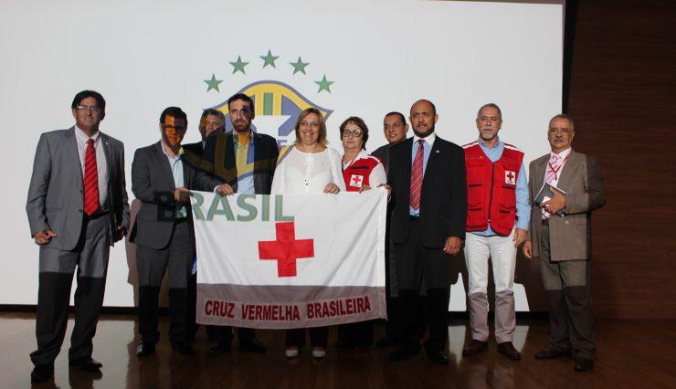 Cruz Vermelha Brasileira participa de seminário na CBF (1)
