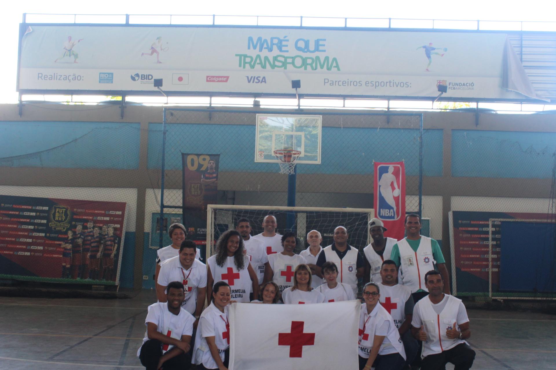 Cruz Vermelha Brasileira faz ação de combate à febre amarela no Complexo da Maré (3)