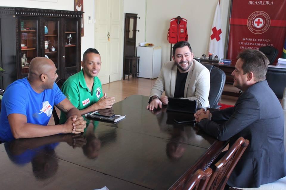Campeão de Kickboxing recebe apoio da Cruz Vermelha Brasileira (1)