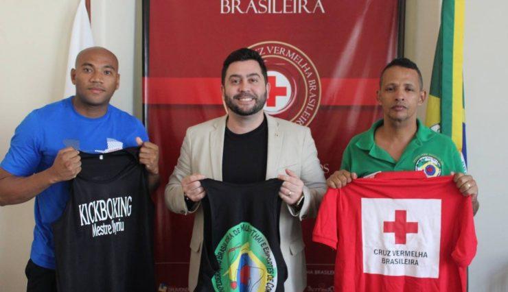 Campeão de Kickboxing recebe apoio da Cruz Vermelha Brasileira (2)