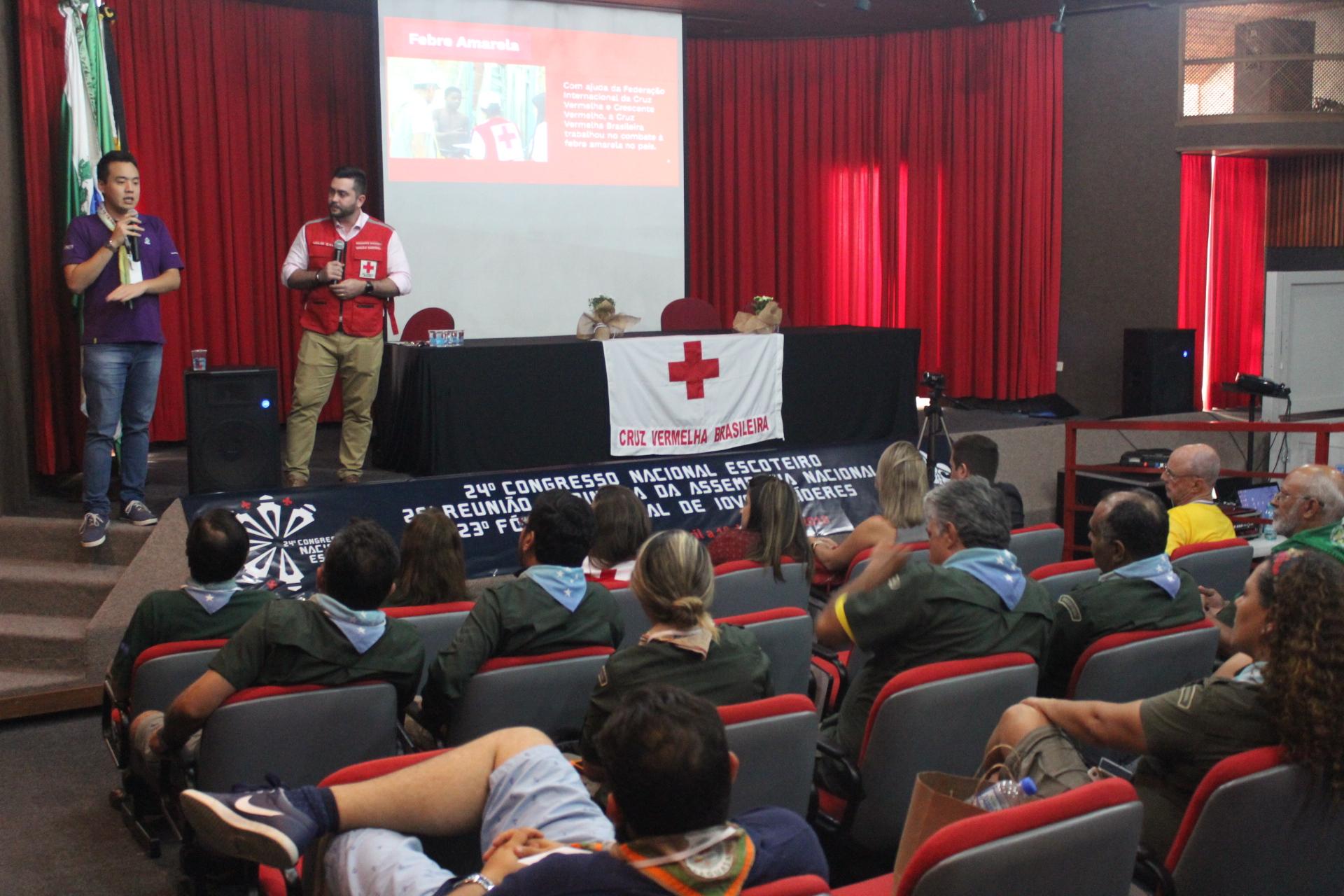 Presidente da Cruz Vermelha Brasileira cumpre agenda no Paraná (4)