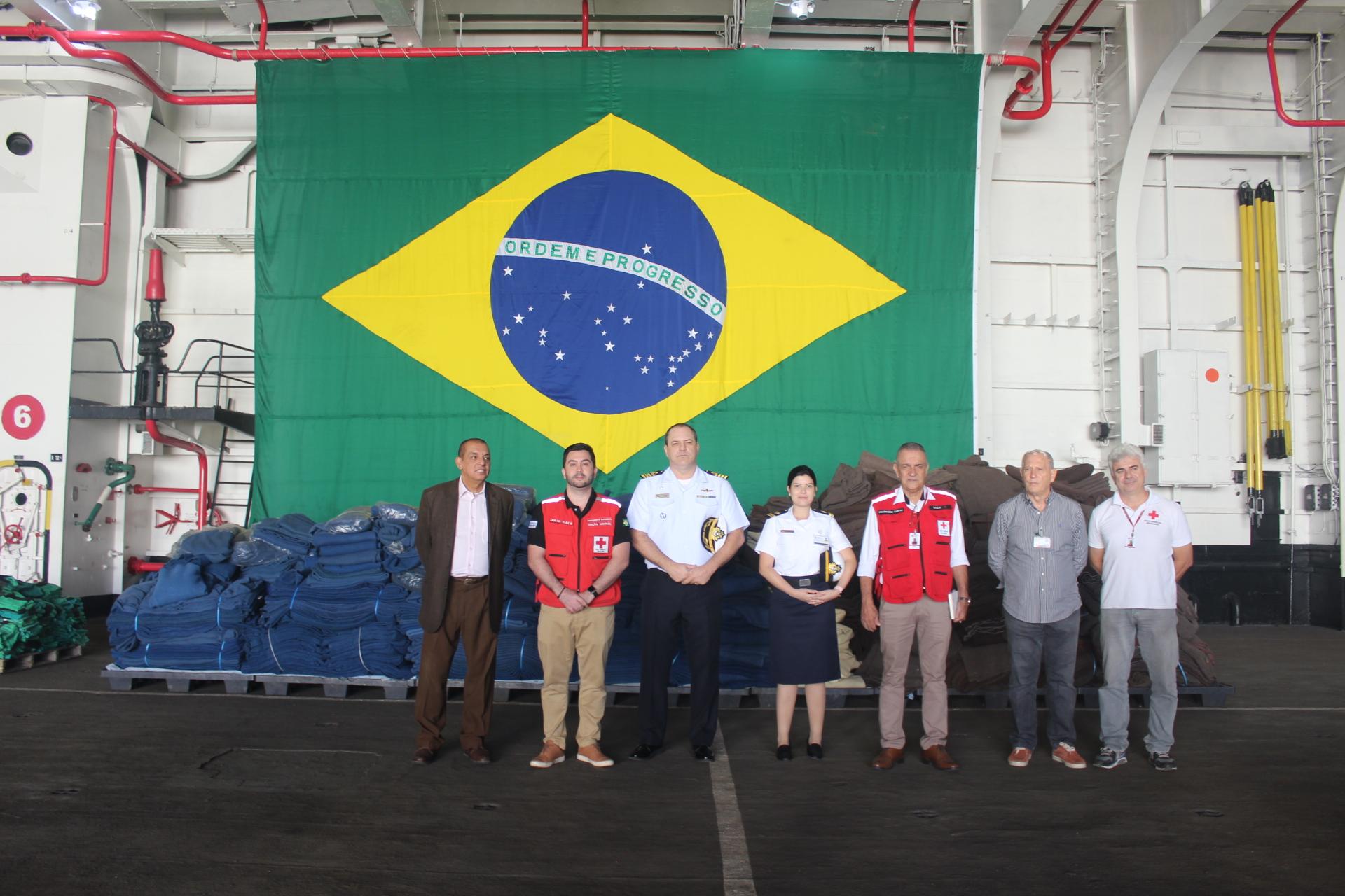 Marinha do Brasil faz doação à filial do Rio de Janeiro da Cruz Vermelha Brasileir