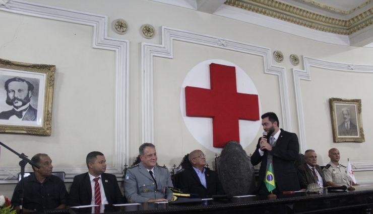 Noite de emoção e homenagens marcam o aniversário de 110 anos da Cruz Vermelha Brasileira