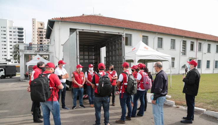 Presidente nacional da Cruz Vermelha Brasileira conhece detalhes das ações da filial de São Paulo na campanha contra à COVID-19 (14)