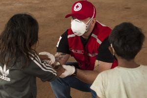 Cruz Vermelha Brasileira - São Paulo entrega cestas básicas e itens de higiene pessoal em aldeia na zona norte da capital (2)